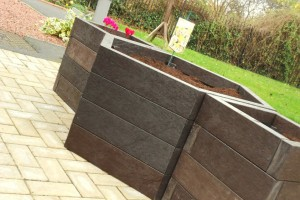 eco recycled plastic wood planters in hexagon shape